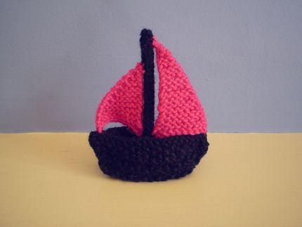 Free Pattern: Little Boats