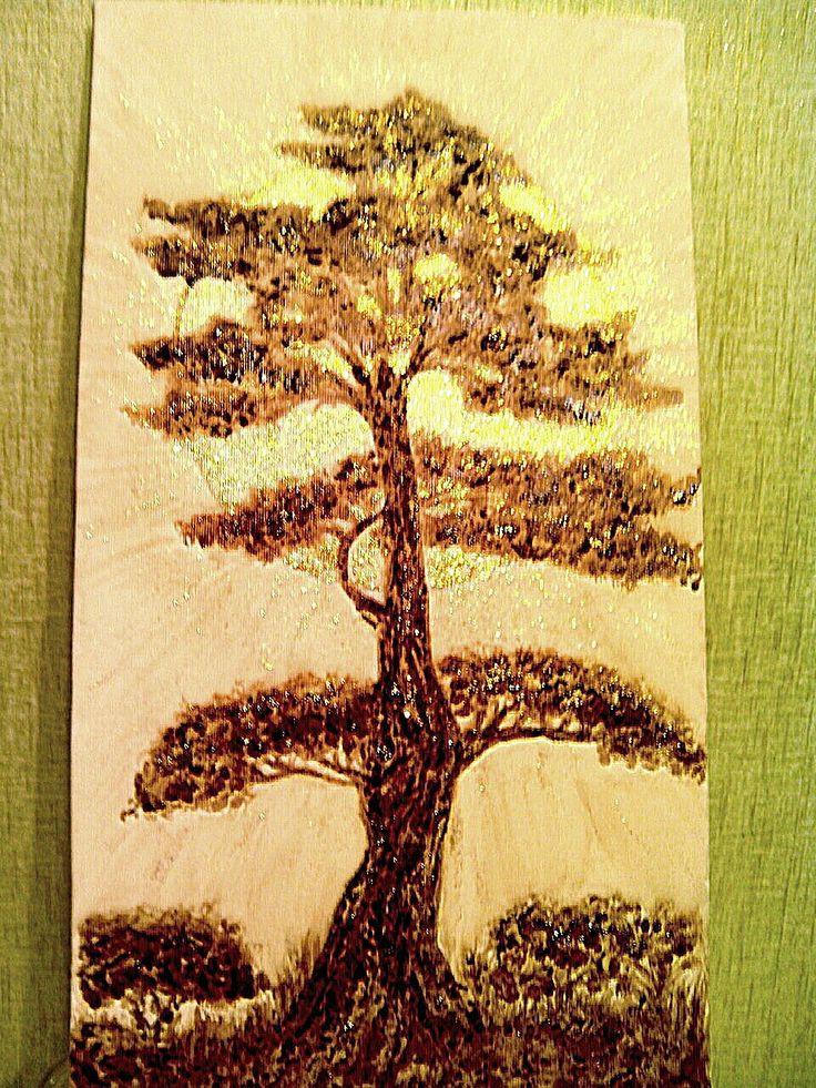 Кофейное дерево. Рисование с помощью растворимого и молотого кофе, а также золотая краска для эффекта. Кто желает удивить любимых таким эксклюзивным подарком, - ЗАКАЗЫВАЙТЕ! Иллюстрация КОФЕМ, painted by coffee.