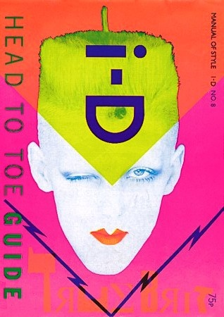i-D Magazine, 1982. Cover model: Scarlett Cannon. Bìa tạp chí i-D với phong cách David Bownie. Màu sắc neon thể hiện đúng chất 80s. Bìa báo tạo ấn tượng thị giác mạnh.