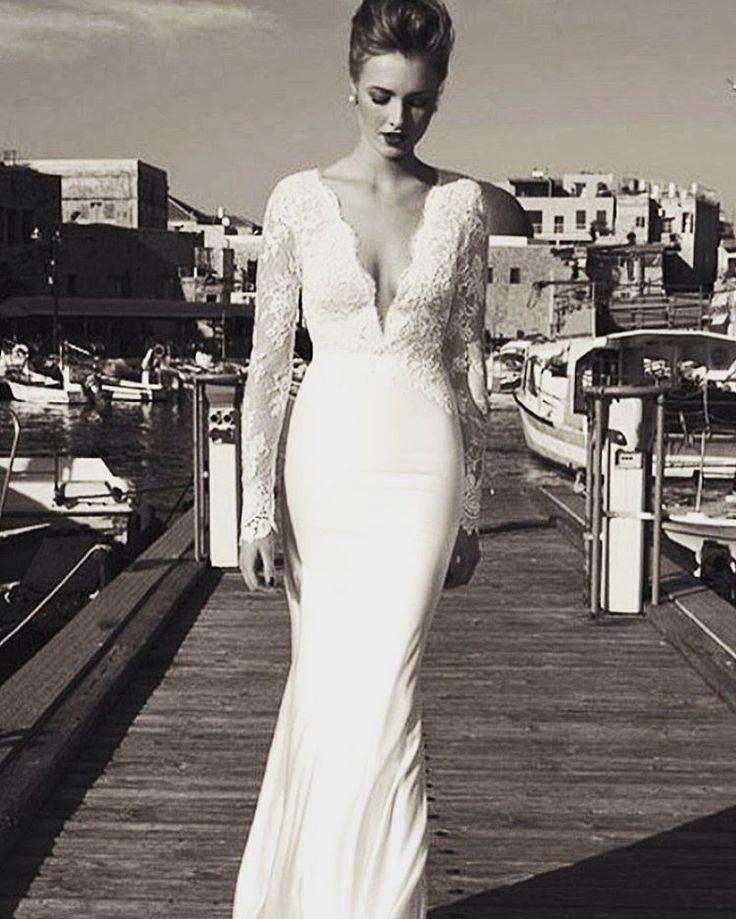 ⚫️⚪️ #blackandwhite #siyahbeyaz #gelin #gelinlik #blogger #photography #photographer #düğün #wedding #weddingdress #gt #goodnight #istanbul #izmir #ankara #makeup #gelinsaçı #gelinçiçeği #gelinbaşı #gelinbuketi #gelinmakyajı #blogger #siyah #beyaz #takip #fallow #fallow4falloe #fallowme #düğündernek http://gelinshop.com/ipost/1498534064940242489/?code=BTL3MrgldY5