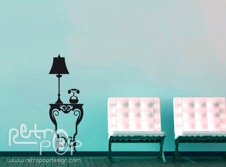 Mesa vintage. Más información en www.retropopdesign.com Bogotá Colombia.