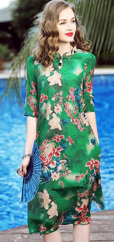f43f992435c6 Retro Stand Collar Half Sleeve Floral Print Shift Dress