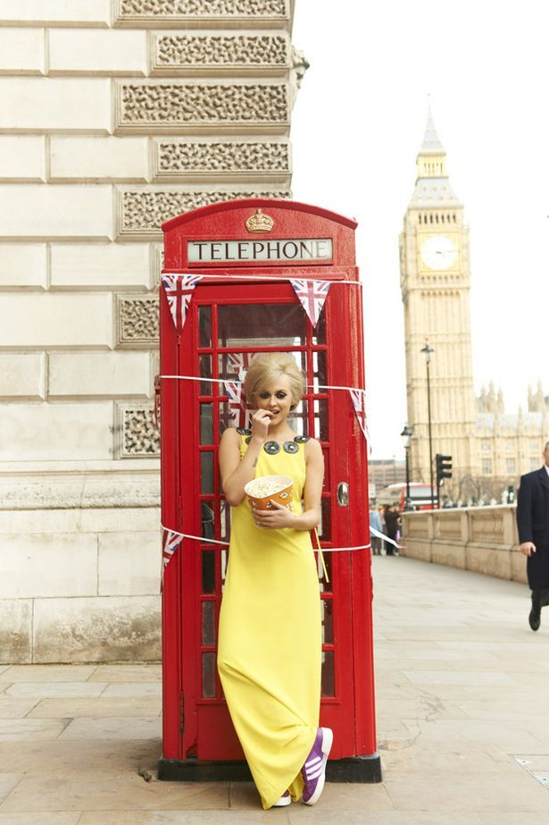 london tele booth Fearne transforms into the fittest tourist in London for her new ...