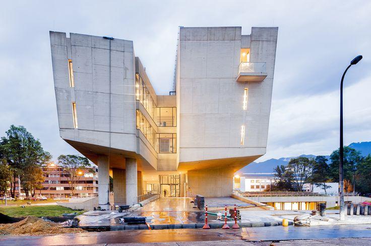 Gallery of Nursing Faculty of the Universidad Nacional de Colombia / Leonardo Álvarez Yepes - 1