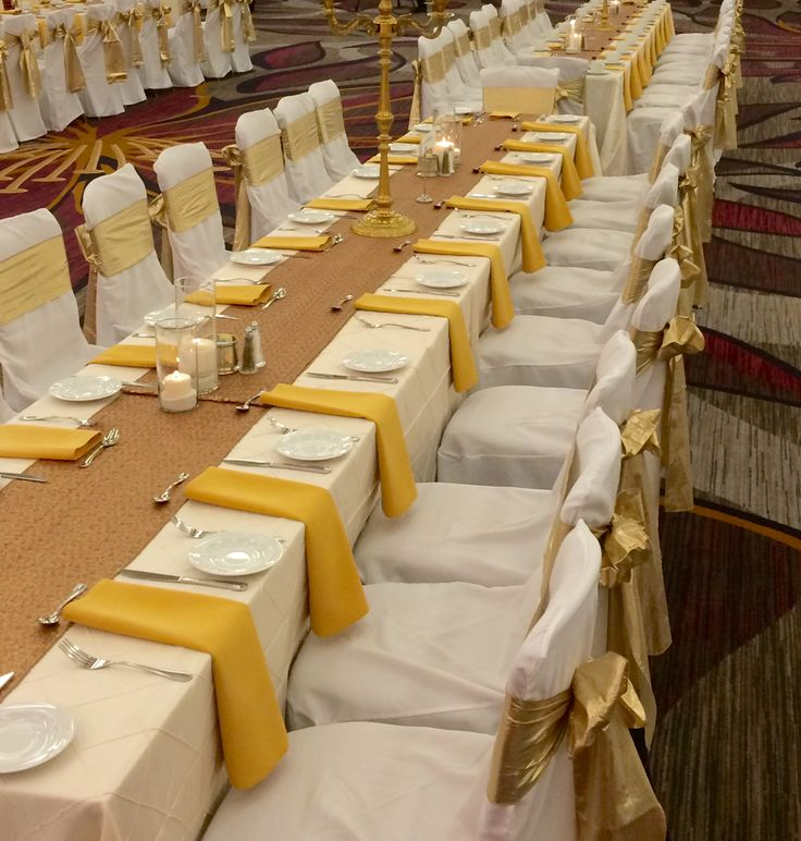 wedding receptions sacramento ca%0A Embracing Gold and Neutrals on the head table at Hyatt Regency Sacramento   Head TablesSacramentoReceptionsRegencyWedding