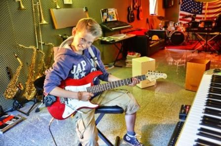 Fotos & Videos Gitarrenunterricht_Muenster_Gitarrenunterricht_in_Muenster_gitarre_lernen_Muenster