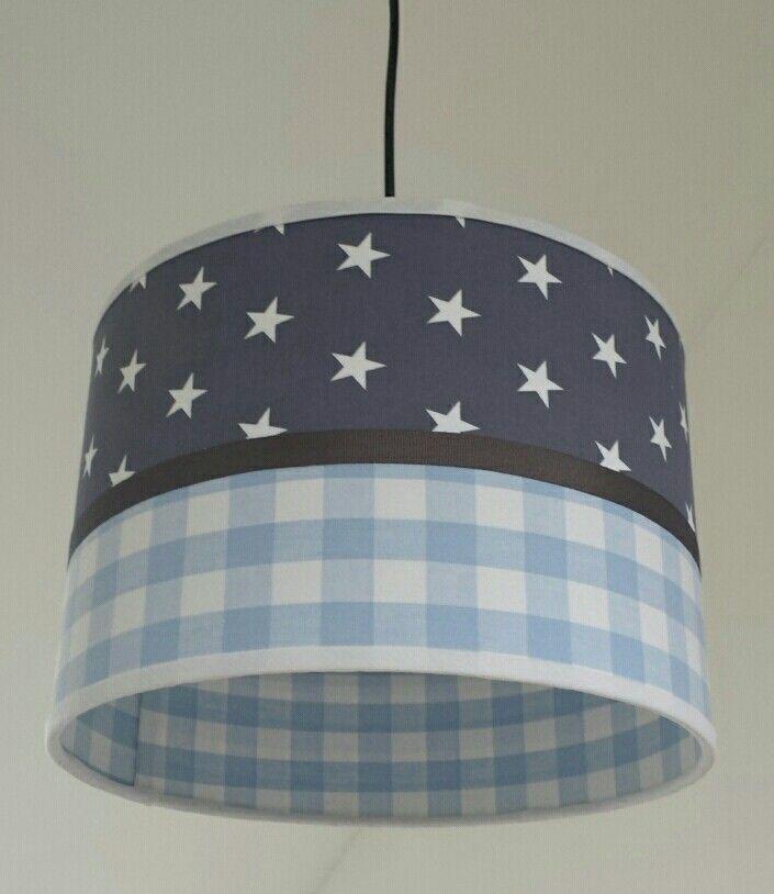 hanglamp grijs met sterren en baby blauwe blok.