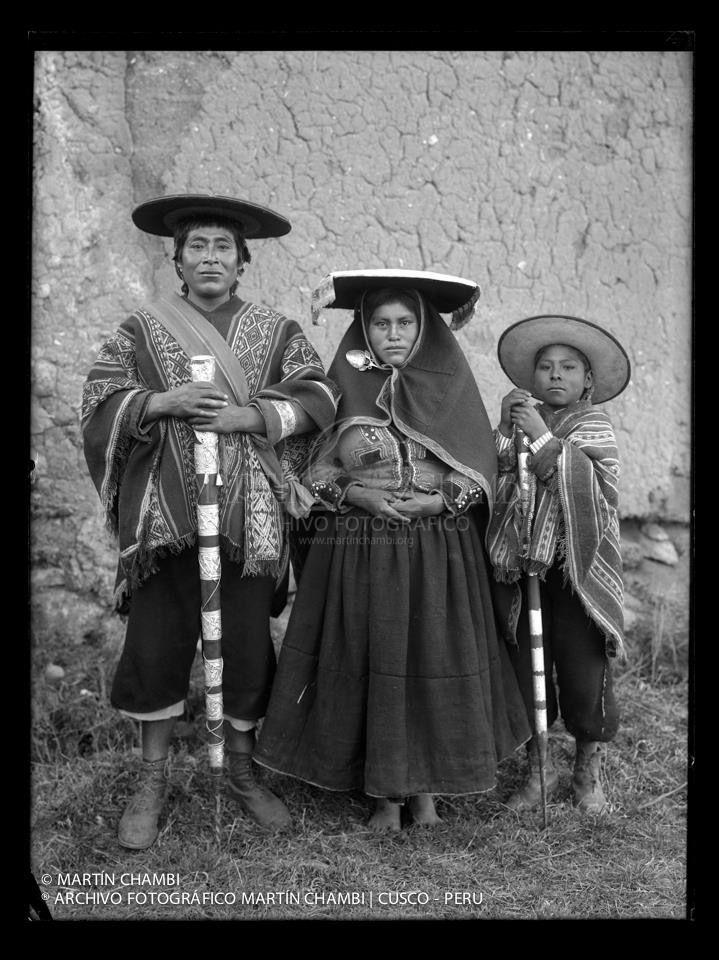Alcalde campesino de Tinta y familia - Cusco 19430