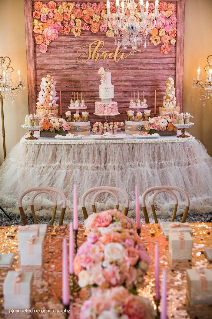 Impostazione del partito + dessert tabella da un + Gold 1 ° festa di compleanno rosa con idee festa di Kara |  KarasPartyIdeas.com (24)