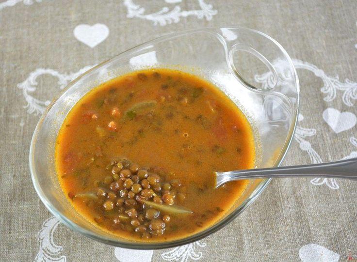 soupe-de-lentilles-aux-tomates