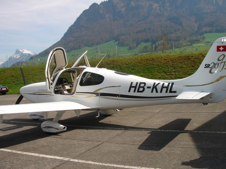 2006 Cirrus SR20 GTS - Cirrus Service Center maintained.ALL Extras!Always hangared.NO DAMAGE HISTORY.One pilot =>