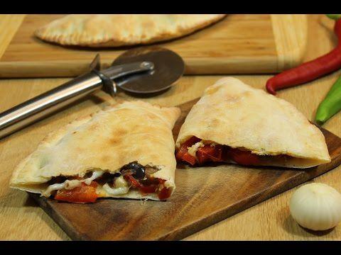 Пицца Кальцоне (Calzone) с баклажанами - YouTube