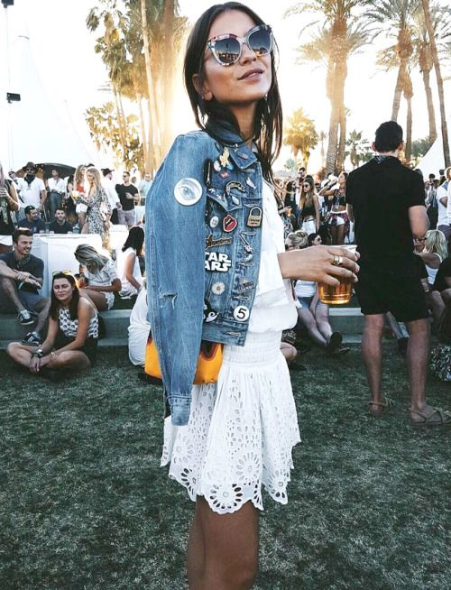 What to wear this Memorial Day weekend? White lace skirt with a white top and a denim jacket with patches... a perfect festival look. | www.TheBoldScoop.com  #theboldscoop