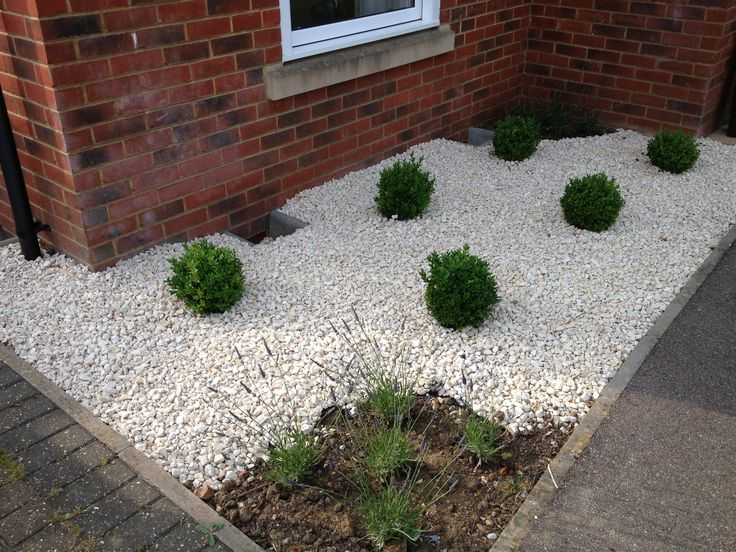 8 best customer photos cotswold chippings images on for White gravel landscaping