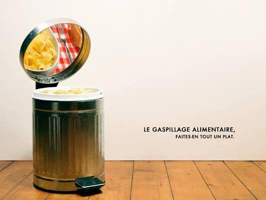 Le gaspillage alimentaire, faites-en tout un plat ! (campagne signée Solène ORTOLI et Robin FROLET - concours #GénérationPub)
