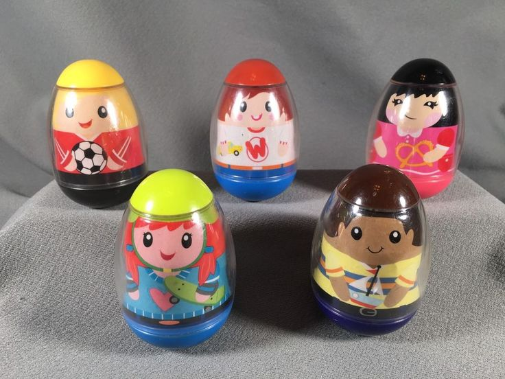 5 Weebles 2009 soccer, skateboard girl and others #s 2,9,10,11,14 #Hasbro