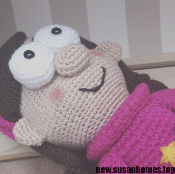 XL Miffy Amigurumi Crochet Kit - Stitch & Story | 610x612