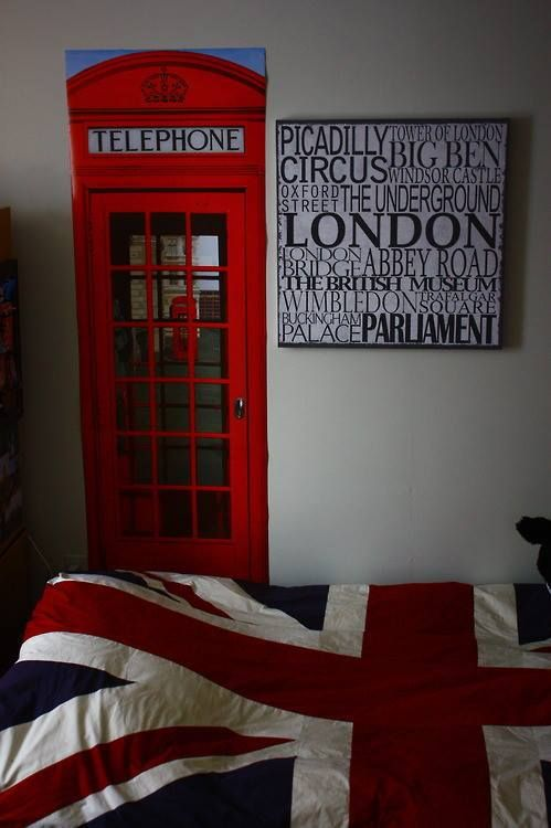 1000 ideas about london theme bedrooms on pinterest for British room decor