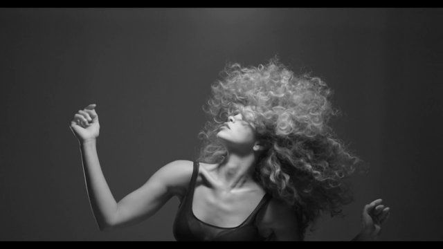 Ray-Ban Envision Series Lion Babe x Kate Moross Teaser 1 by StudioMoross