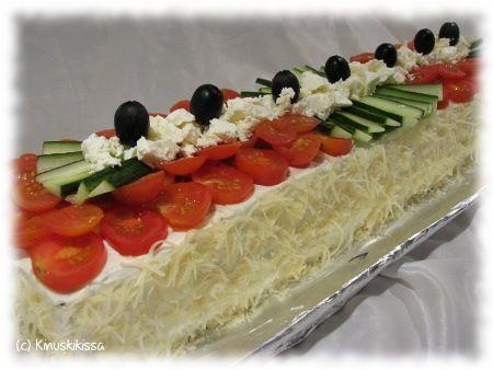 trying this today! Kreikkalainen kasvisvoileipäkakku