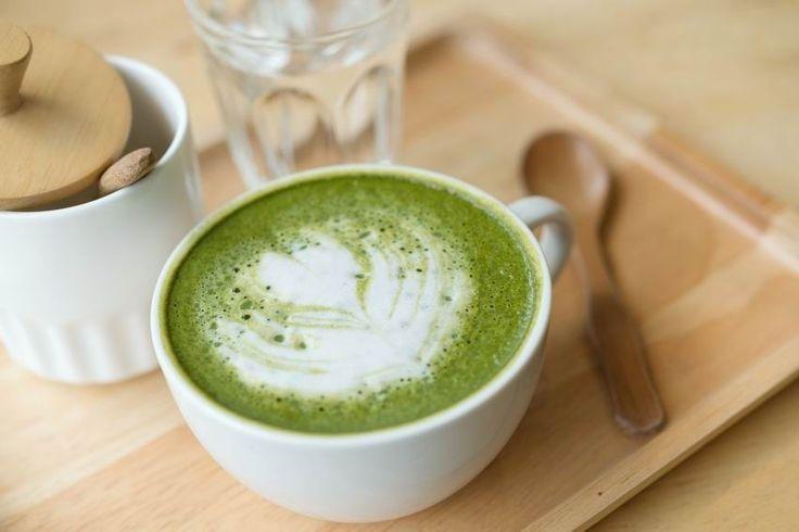 Matcha latte, a japán csodatea krémesen és habosan