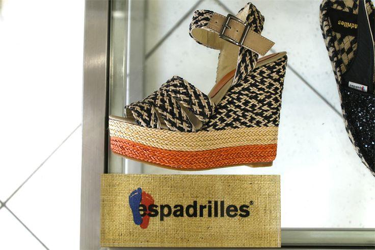 •SALDI• Le calzature perfette da abbinare ai tuoi outfit estivi le trovi sul nostro sito! 🔝🔝 Vieni a scoprire gli sconti sui sandali estivi Espadrilles, ti aspettiamo! 😍❤️ ➡️ www.RICCISHOP.it #espadrilles #scarpe #scarpa #donne #firenze #donna #moda #online #torino #shoes #woman #milano #colori #scarpette #napoli #dolce #espadrillas #pois #sicilia #fantasia #ragazza #fashionblogger #sardegna #ragazzina #puglia #giovane #blogger #molise #venafro