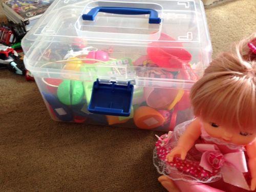 ダイソーでレンジャー系おもちゃの収納 - ずぼらママのワーキング育児