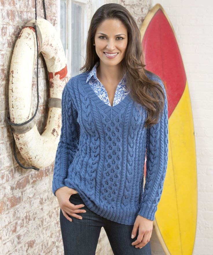 Confident Cables Sweater Free Knitting Pattern #FinaDK #RedHeart