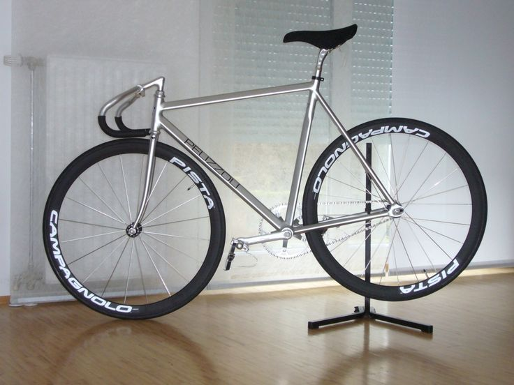 Pelizzoli track bike with Campagnolo Pista wheels
