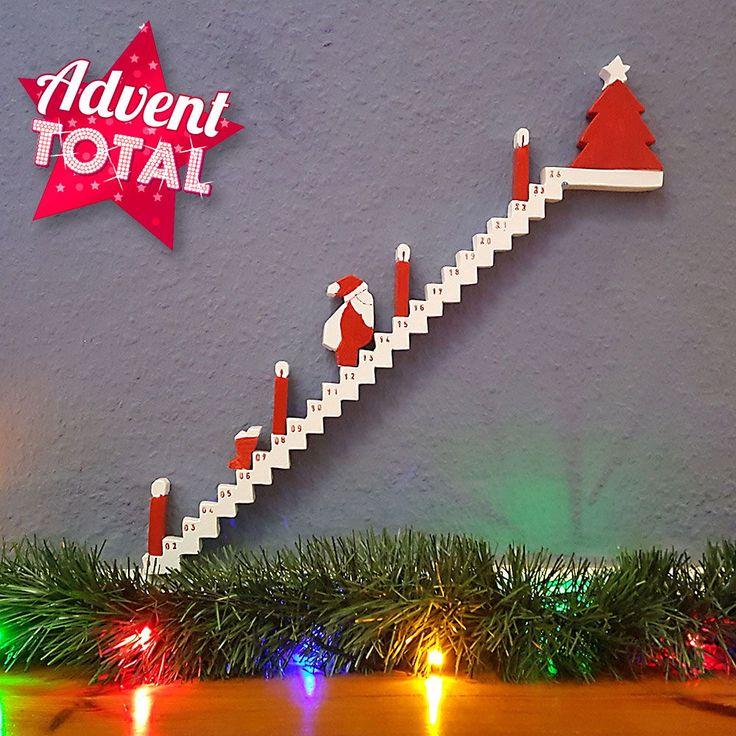 Adventskalender Treppe aus Holz basteln. Jeden Tag geht der   Weihnachtsmann ein… #treppe