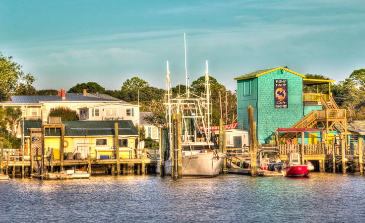 Southport, North Carolina - Where the movie Safe Haven was filmed. I don't think anyone can understand how excited I am to go here this Summer!