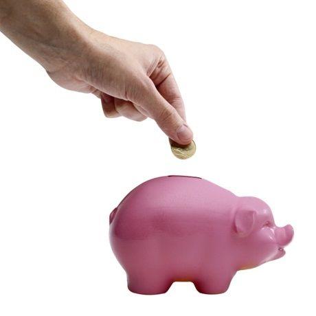 Como poupar dinheiro em pouco tempo  Veja mais em http://www.comofazer.org/como-poupar/como-poupar-dinheiro-em-pouco-tempo/