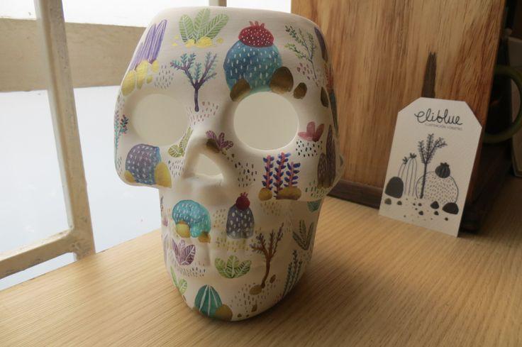 Eliblue Ilustración & diseño #skull #watercolor #acuarelas #calavera #ceramic #cerámica #eliblue