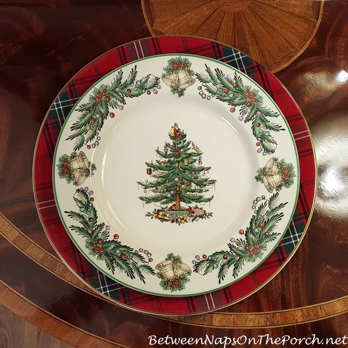 Williams-Sonoma Tartan Plaid Charger & Spode Christmas Tree Garland Dinner Plate