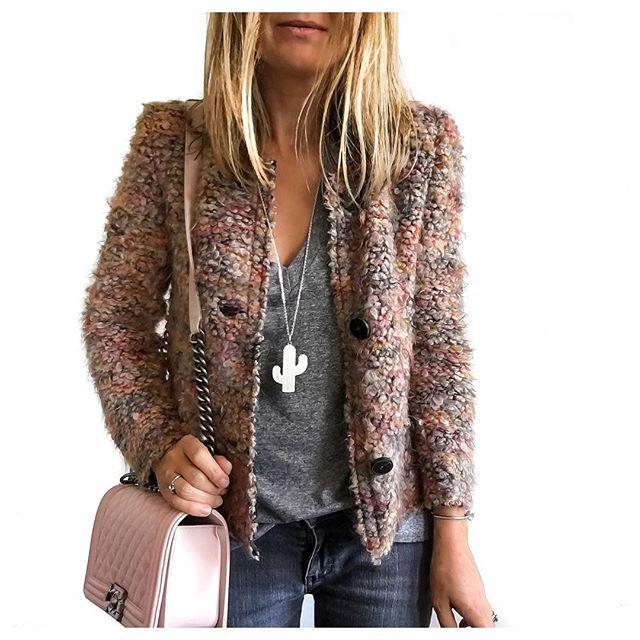 DETAILS • Jacket & Tee from @lullisurlatoile by #iro & #currentelliott • Necklace from @shopnextdoor by #leone • Purse #chanel • Bracelet #celine • #detailsoftheday#todayimwearing#lullisurlatoile#shopnextdoor#metoday#irojacket