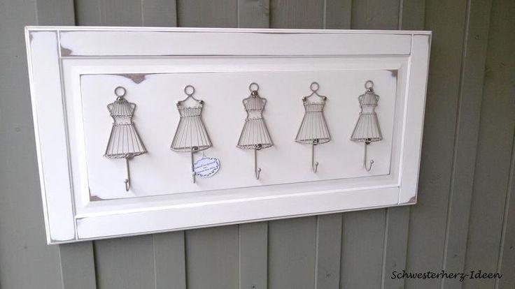 Garderobe im Landhaus-,Shabby Chic- & Barock-Stil  von Schwesterherz-Ideen auf DaWanda.com