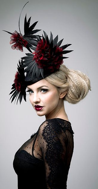 When I owned a bar, I arrived in the evenings in my high heels, eccentric dresses & fantastic hats like this...such a show-off