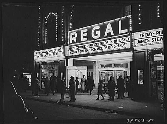 photos of southside chicago   Movie theater, South Side of Chicago: photo by Russell Lee, April 1941 ...