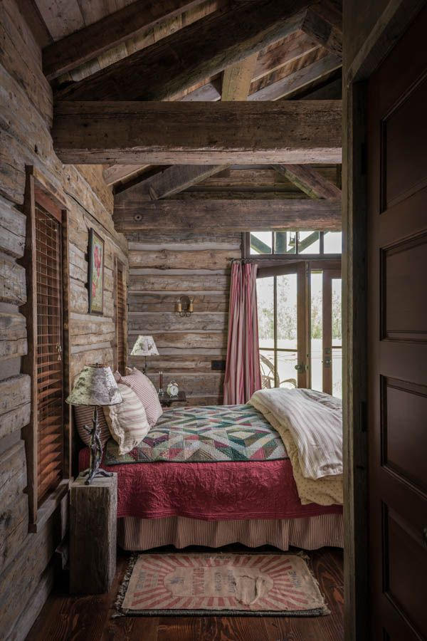 2933 Best Decorating With Quilts Images On Pinterest