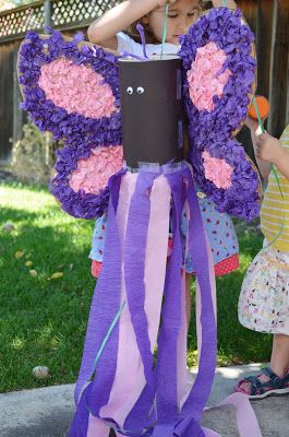 Make your own butterfly pinata, perfect for a bug or butterfly party.  DIY tutorial.