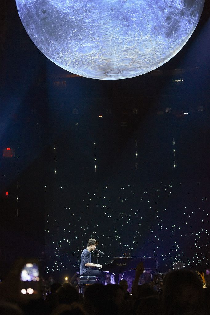 SEPTEMBER 10: [MORE] Shawn Mendes performs onstage at Madison Square Garden in New York City. (HQ)