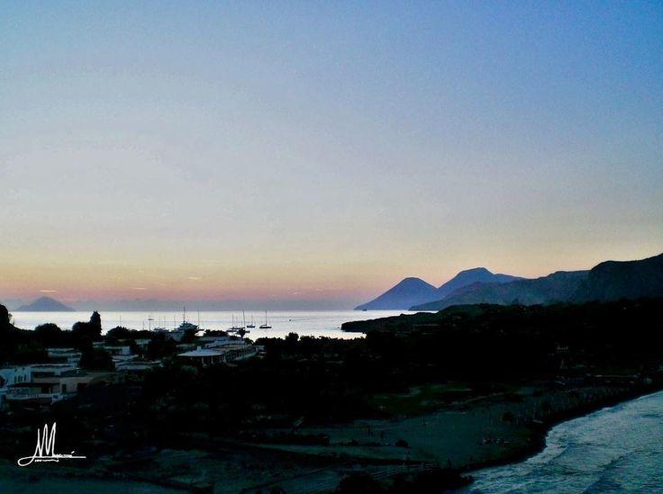 LA MIA ISOLA LE MIE ISOLE  #fotografia #photography #isola #eolie #island #aeolianislands #instagood #instacool #vulcano #sea #travel #skyporn #clouds #landscape #landscape_lovers #landscape_captures #landscapephotography #landscapelovers #seascape #photooftheday #light #instalike #nofilter #sunset #tramonto #magic #mare