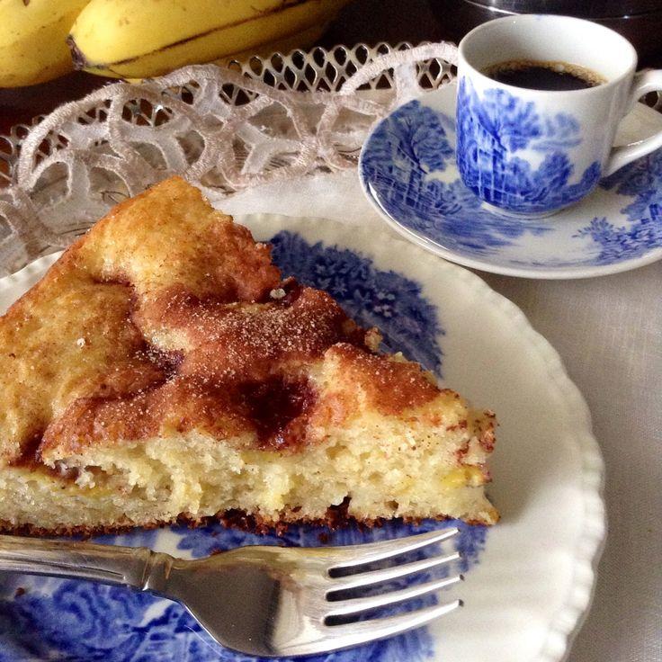 Penso, logo divido: Torta de Banana com Iogurte Grego