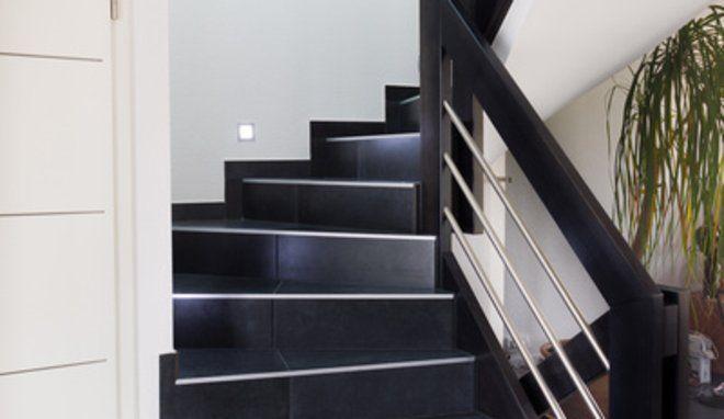 Carrele Escalier Escaliers Interieur Carrelage Renover Auparavant D Acheter Une Maison Monte Escalier Il Est Essentiel Cual Vous Devez D Abord Examin Casas