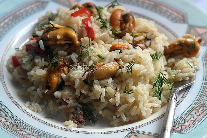 Μυδοπίλαφο, μια γευστική πρόταση για ένα από τα νοστιμότερα πιλάφια της ελληνικής κουζίνας!