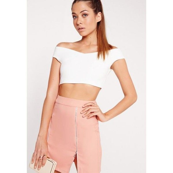 Missguided Crepe Bardot Crop Top ($22) ❤ liked on Polyvore featuring tops, white, crop top, white crop top, crepe top, white top and cut-out crop tops