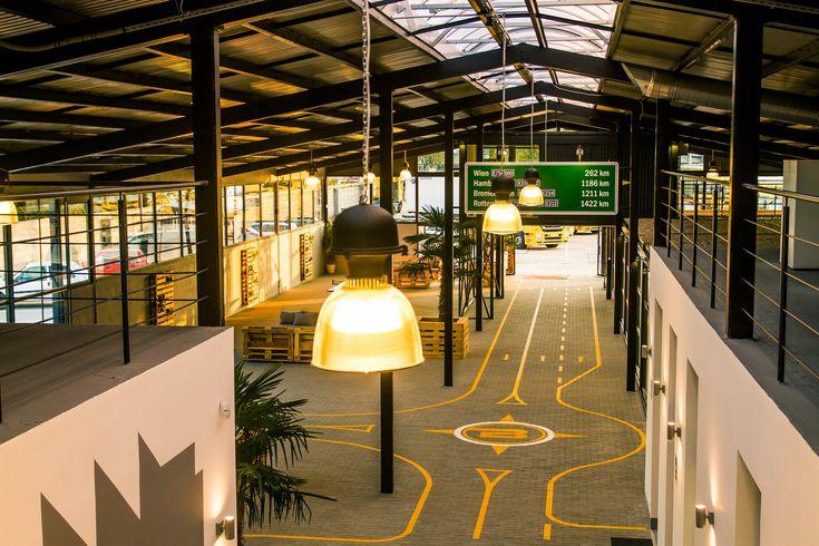 Csarnok belsőépítészet / Industrial hall interior architecture