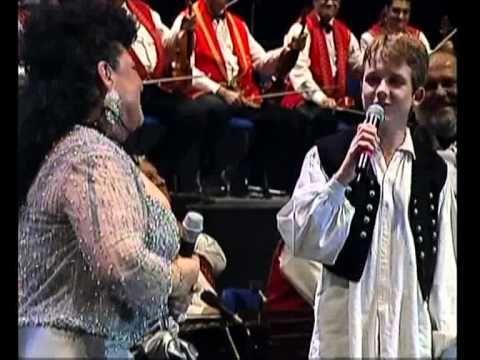 Bíró Gergő-Bangó Margit köszöntése (40.Jubileumi DVD)