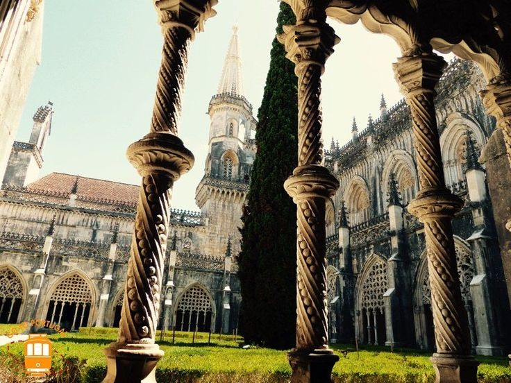 Visit UNESCO's World Heritage, the beautiful Batalha Monastery located in the center of Portugal.