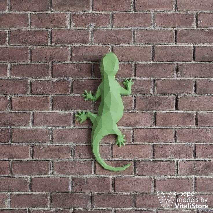 Salamander Papercraft, Lizard Wall Decor, DIY Gift Paper